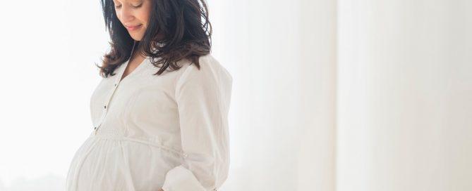 femme grossesse coloration