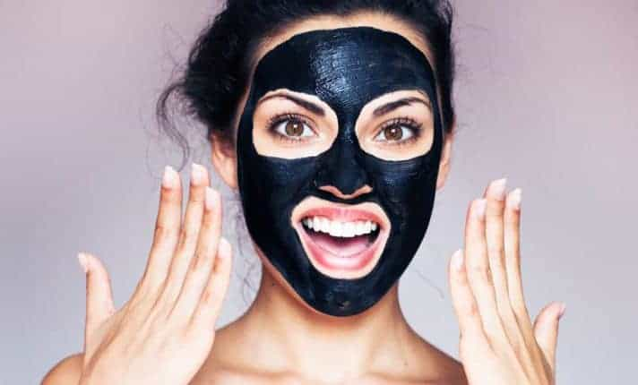 Le masque noir en cosmétique l'étiquetage serait non conforme !