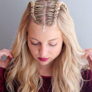 Tendance coiffure : Les Corset Braids envahissent Instagram