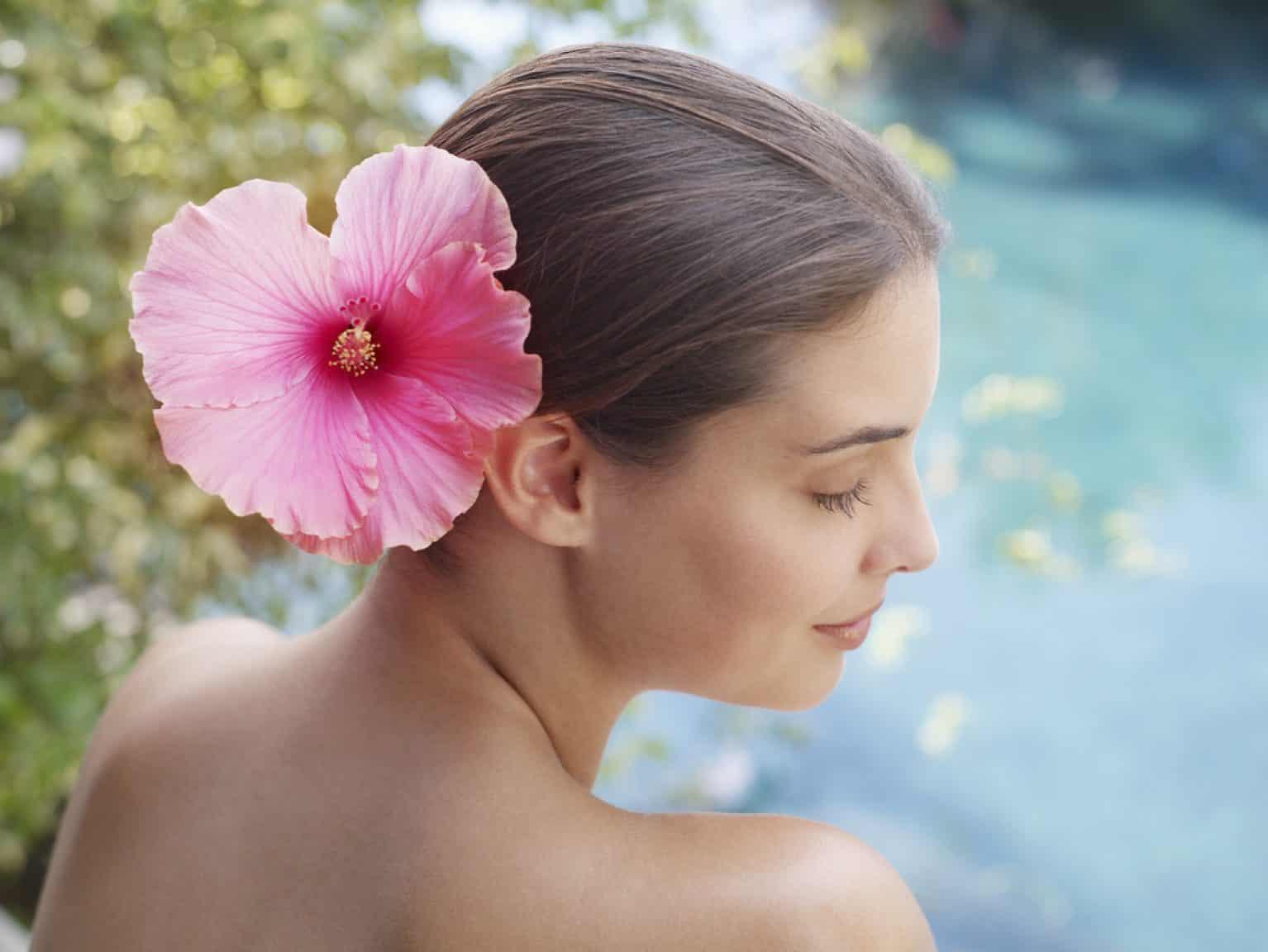 hibiscus coiffure