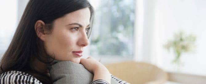 Femme irritation cuir chevelu