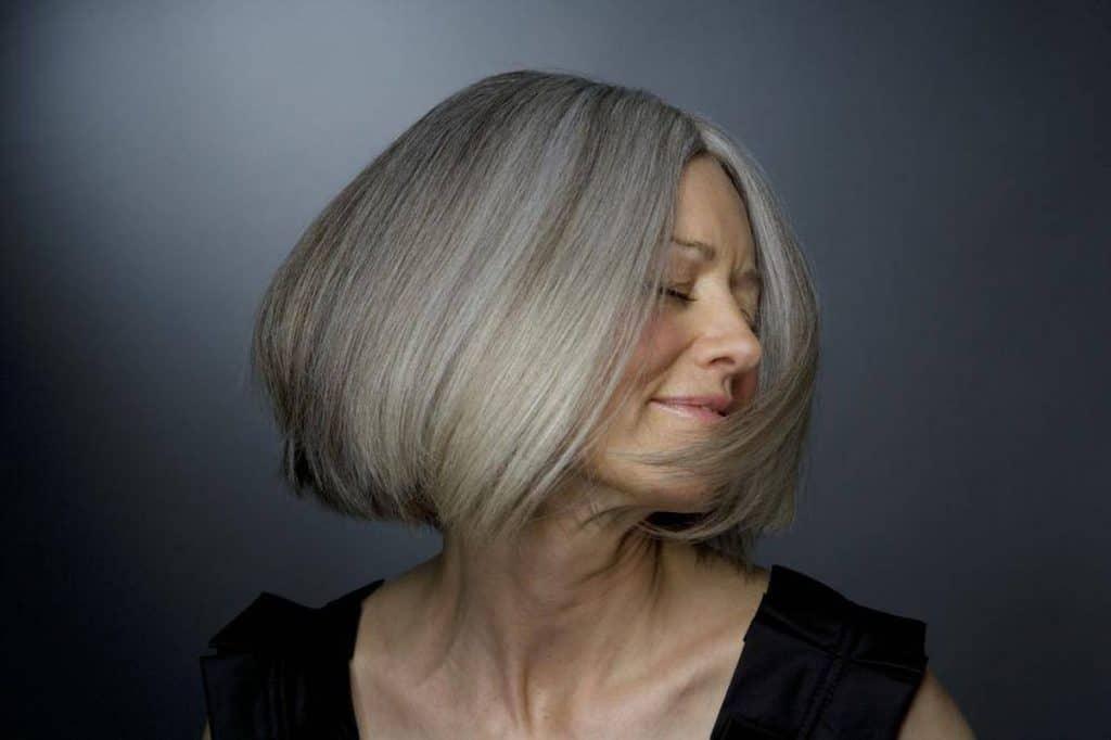 teinture cheveux gris blancs