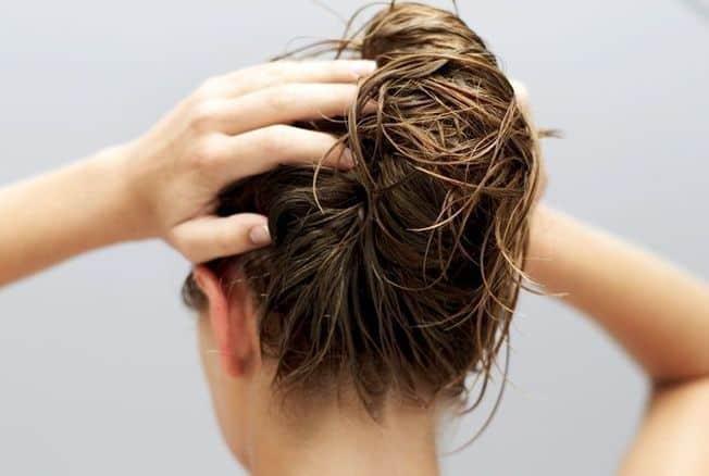 Massage cuir chevelu volume cheveux