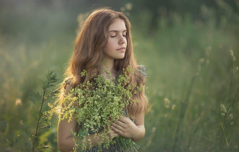 femme cheveux nature