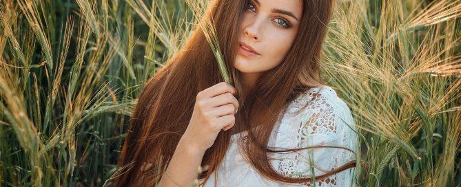 Femme cheveux naturels